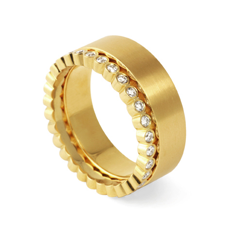 gold ring-yellow-gold