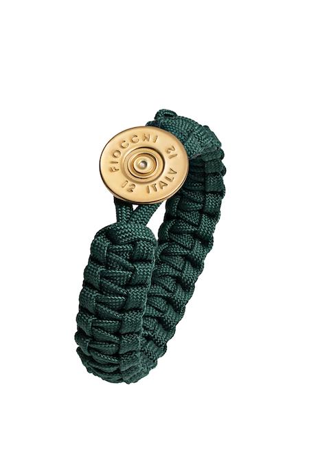 Armband med guldknapp