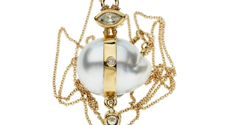 Bergsøe_necklace_gold_southseapeatl_diamond_huvudbildonline