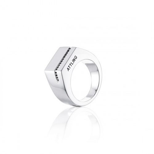 Klackring-silver-svarta-diamanter-4500 efva attling