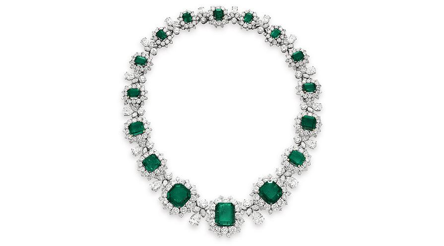 Smaragdhalsband buret av Elisabeth Taylor