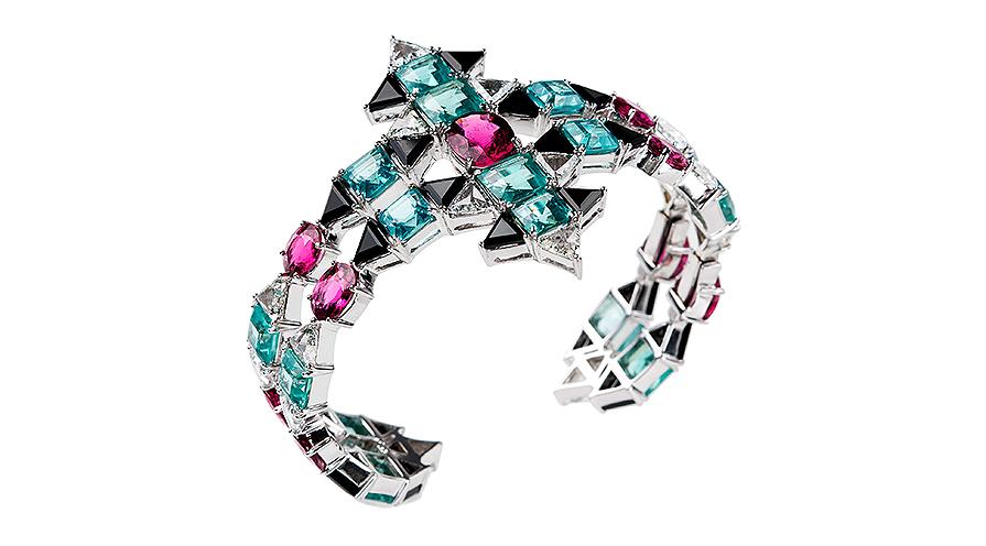Armband från Nikos Koulis