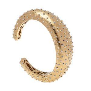 Maffigt armband från Pantolin Fine Jewellery i 18K guld och prickar i silver