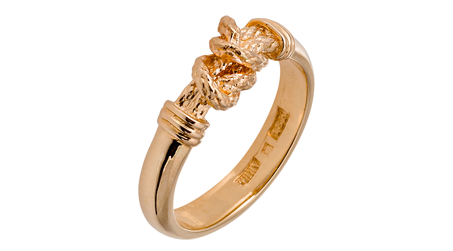 Kärleksknop! Ring i guld från Hvorslev Jewelry.