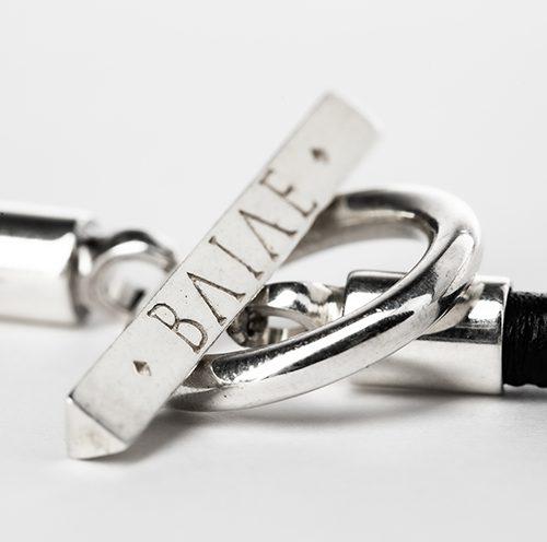 Armband i silver och läder
