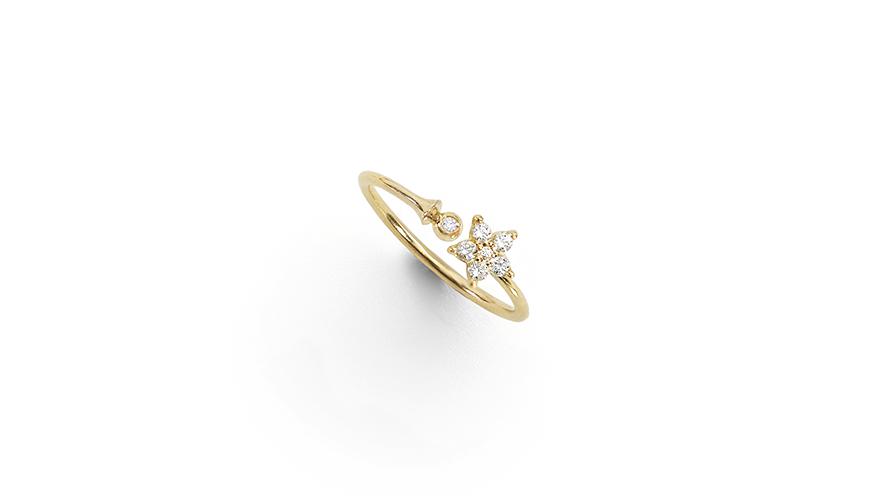 ring med diamanter och stjärnmotiv från Ole Lynggaard Copenhagen.