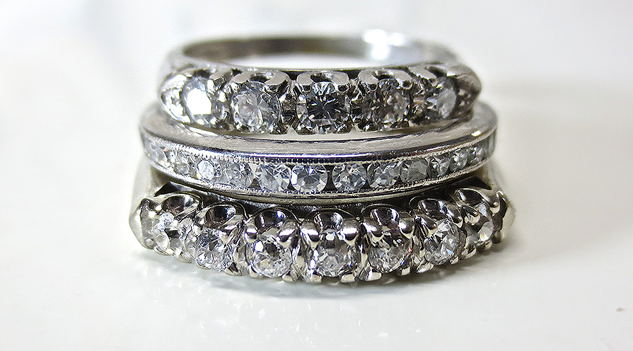 Ringar med platina och diamanter