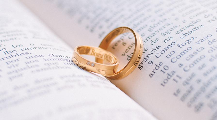 ringar i guld