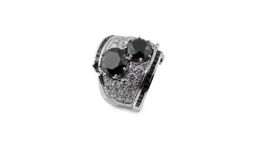 svarta diamanter i ring av Atelierajou