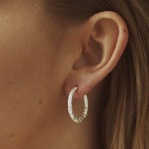 Hoops örhängen från noota jewelry