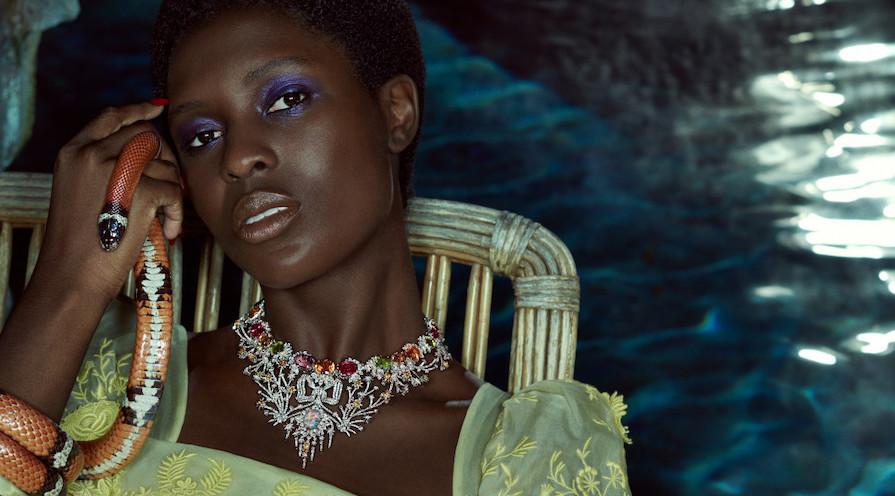 high jewelry från Gucci med safirer och opaler