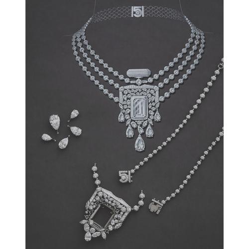 High jewelry från chanel föreställande deras parfym No 5