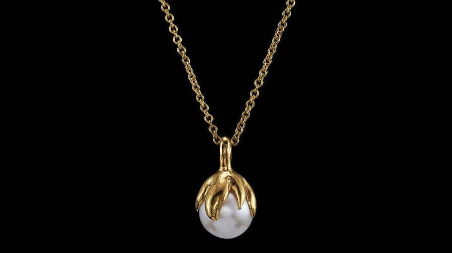 Halsband i guld från maria nilsdotter