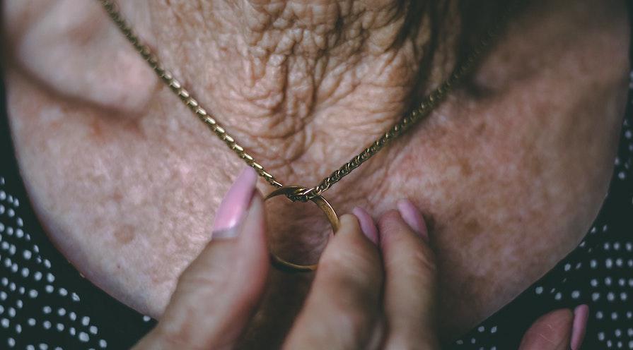 ärvda smycken